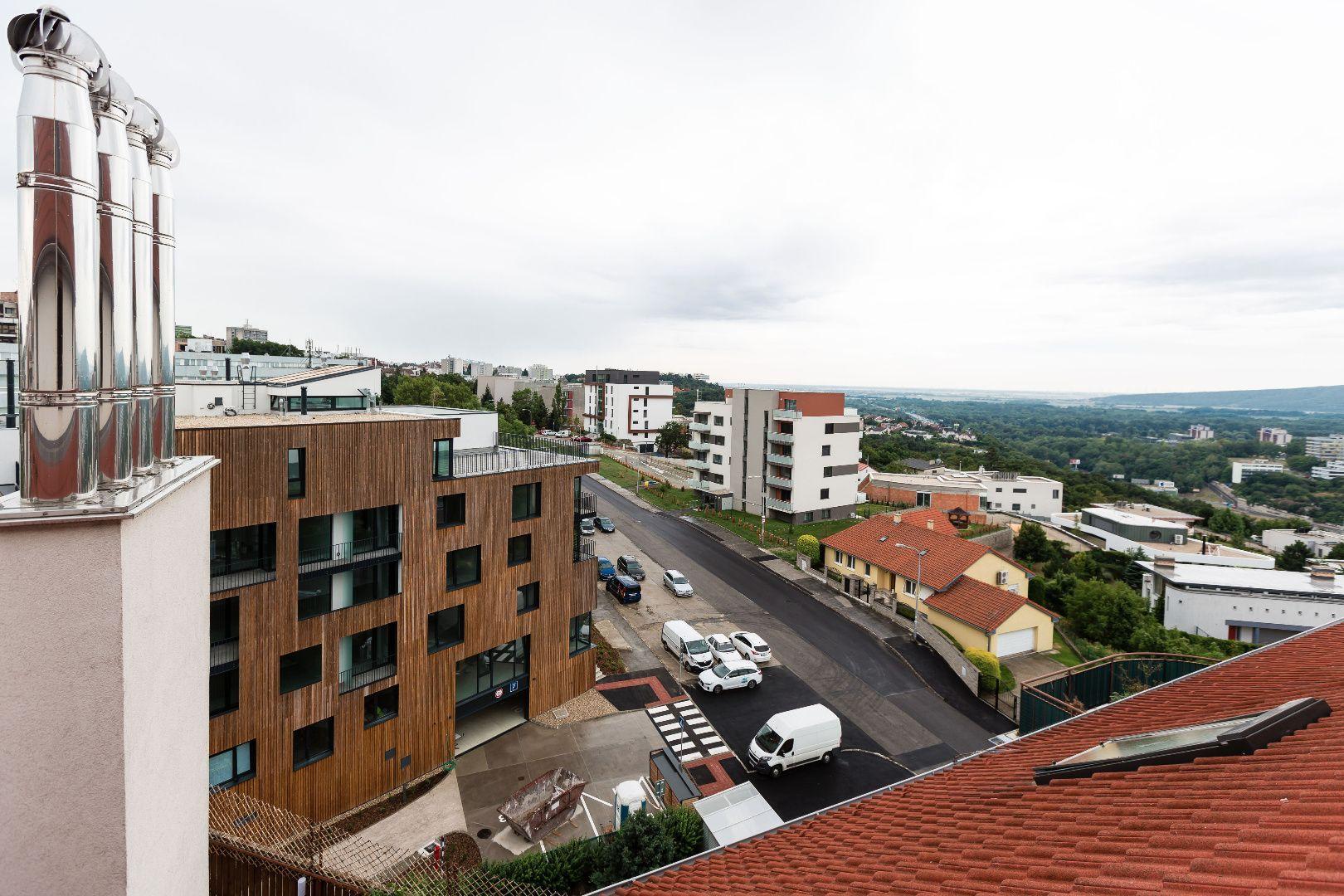 Iný-Predaj-Bratislava - mestská časť Staré Mesto-489000.00 €