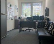 TOP Realitka – EXKLUZÍVNE, BUSINESS CENTRUM PRIBIŠOVA – prenájom kancelárií 15m2–63m2, recepcia, 2xzasadačka, klimatizácia, parking, TOP lokalita Pribišova, od 4,70 €/m2/mesiac