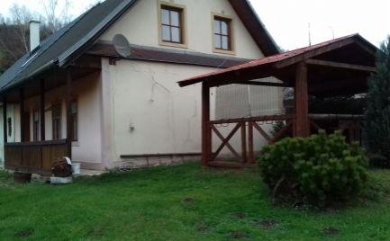 ZĽAVA - Na predaj rekreačný dom, s pozemkom 795 m2, Čierny Balog, okres Brezno, NÍZKE TATRY cena 43 000€