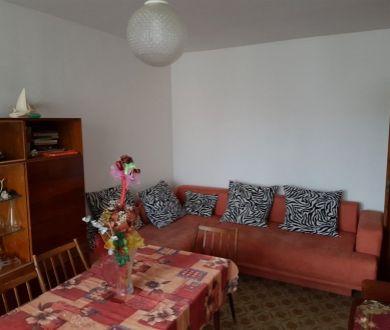 REZERVOVANÝ - Ponúkame na prenájom veľký 3 izbový byt v Považskej Bystrici.