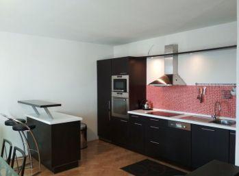 BA I. Staré mesto - 3 izbový byt na Palárikovej ulici