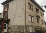 --PBS-- ++NA PRENÁJOM penzión / turistická ubytovňa / Budova obchodu a služieb v centre obce Malženice+++