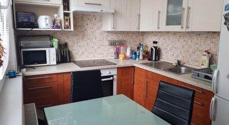 Kuchárek-real: 3-izbový byt PEZINOK - MUŠKÁT
