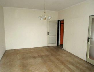 Zvolen, mesto – 2-izbový byt s 2 balkónmi – prenájom