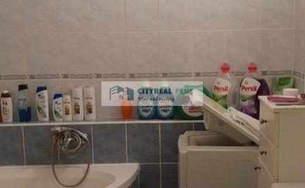 Ponúkame Vám na predaj kompletne prerobený 2 izbový byt v meste  Štúrovo