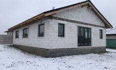 Rozostavaný rodinný dom s pozemkom Ďurďošík