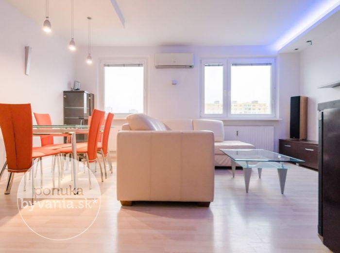 JAMNICKÉHO, 3-i byt, 71 m2 - kompletná REKONŠTRUKCIA, exkluzívny VÝHĽAD na Rakúsko