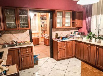 Ponúkame na Predaj 4 izbový Byt vo vyhľadávanej lokalite