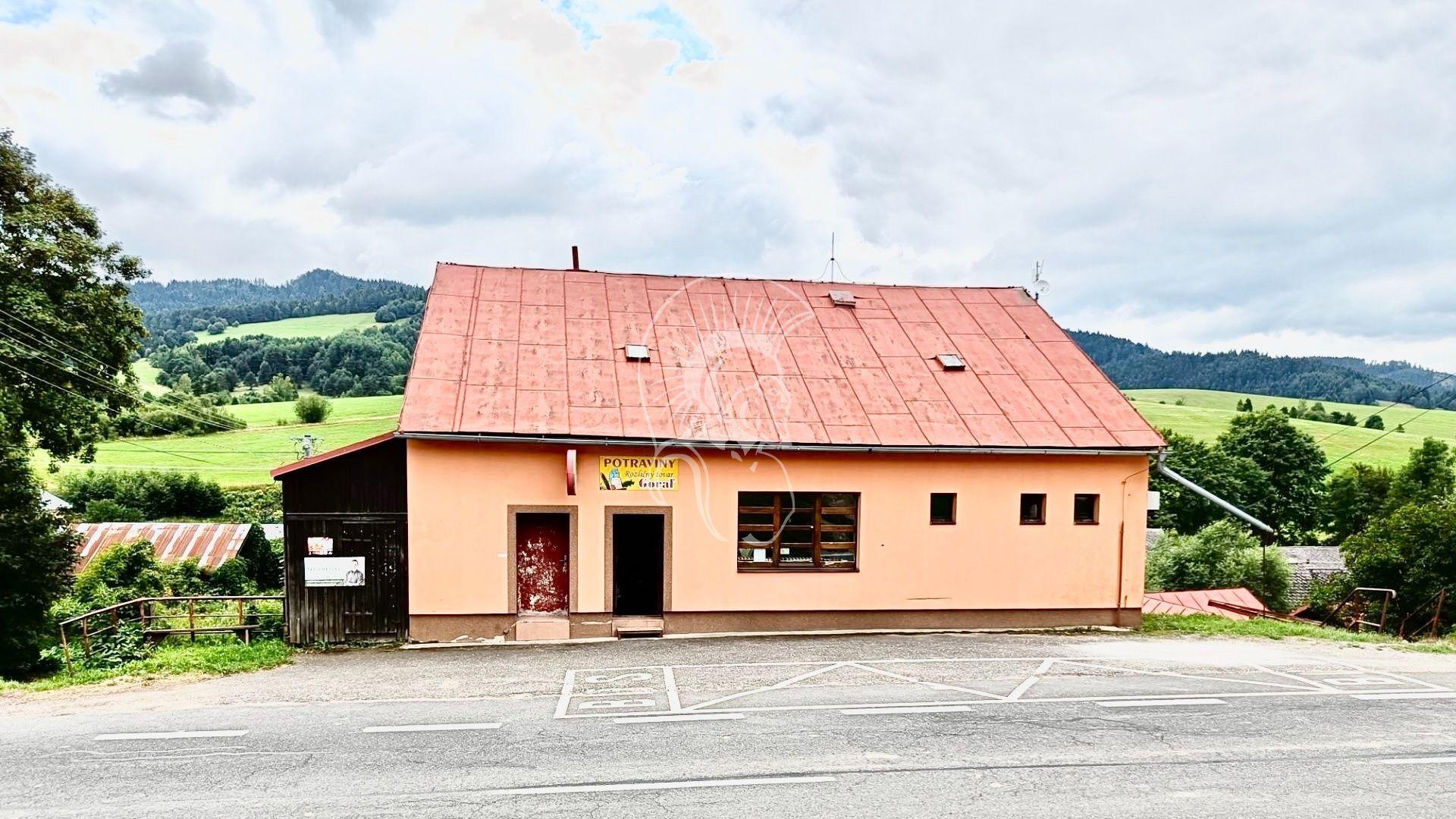 Polyfunkčný objekt-Predaj-Stráňany-29999.00 €