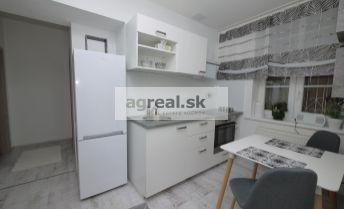 Prenájom - krásny 2- izbový byt (58 m2) v centre mesta, ul. 29. augusta, BA I