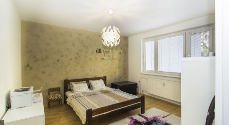 3 izbový byt po rekonštrukcii na Budatínskej ulici v Petržalke, VIDEOOBHLIADKA