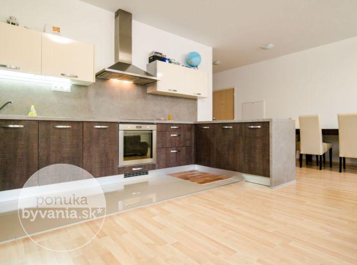 PREDANÉ - OPLETALOVA, 3-i byt, 90 m2 - zariadený, TEHLOVÁ NOVOSTAVBA, Devínsky Dvor