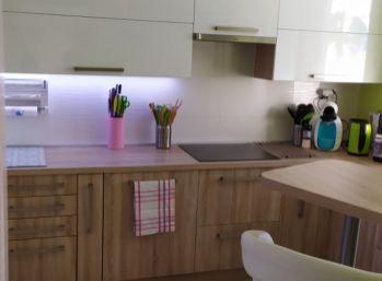 Moderný 3 izbový byt po kompletnej rekonštrukcii- Záturčie