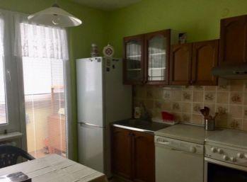 3 izbový byt s balkónom Petržalka