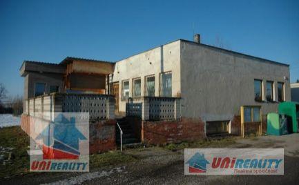 BORČANY - komerčný priestor - výrobno skladové priestory na pozemku 631 m2 /okres Bánovce nad Bebravou /