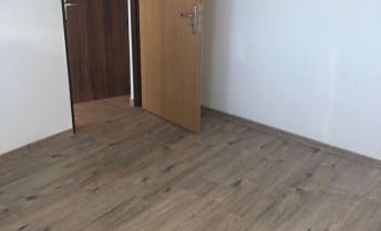 priestranny 1 izb.  byt na štvrtom poschodí v novej bytovke