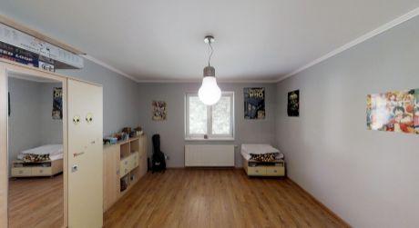 360° NA PREDAJ nadštandardný 4 izbový byt s terasou, parkovaním neďaleko centra mesta