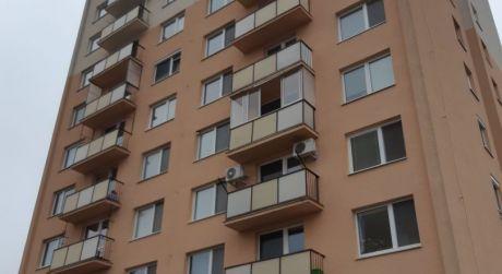 Kuchárek-real: Ponuka Garsónku v širšom centre Pezinka.