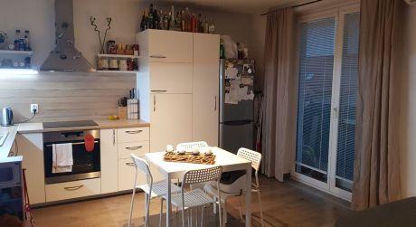 Kuchárek-real : EXKLUZÍVNE !!! Predaj 3- izbového bytu vo Viničnom