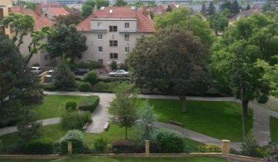 Hľadám súrne pre konkrétneho klienta RD v Bratislave I- Staré Mesto