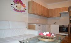 NOVÁ CENA: Nadštandardne veľký (80m2) 2i byt v skvelej lokalite na prenájom - Ľubľanská ulica, Račianske mýto
