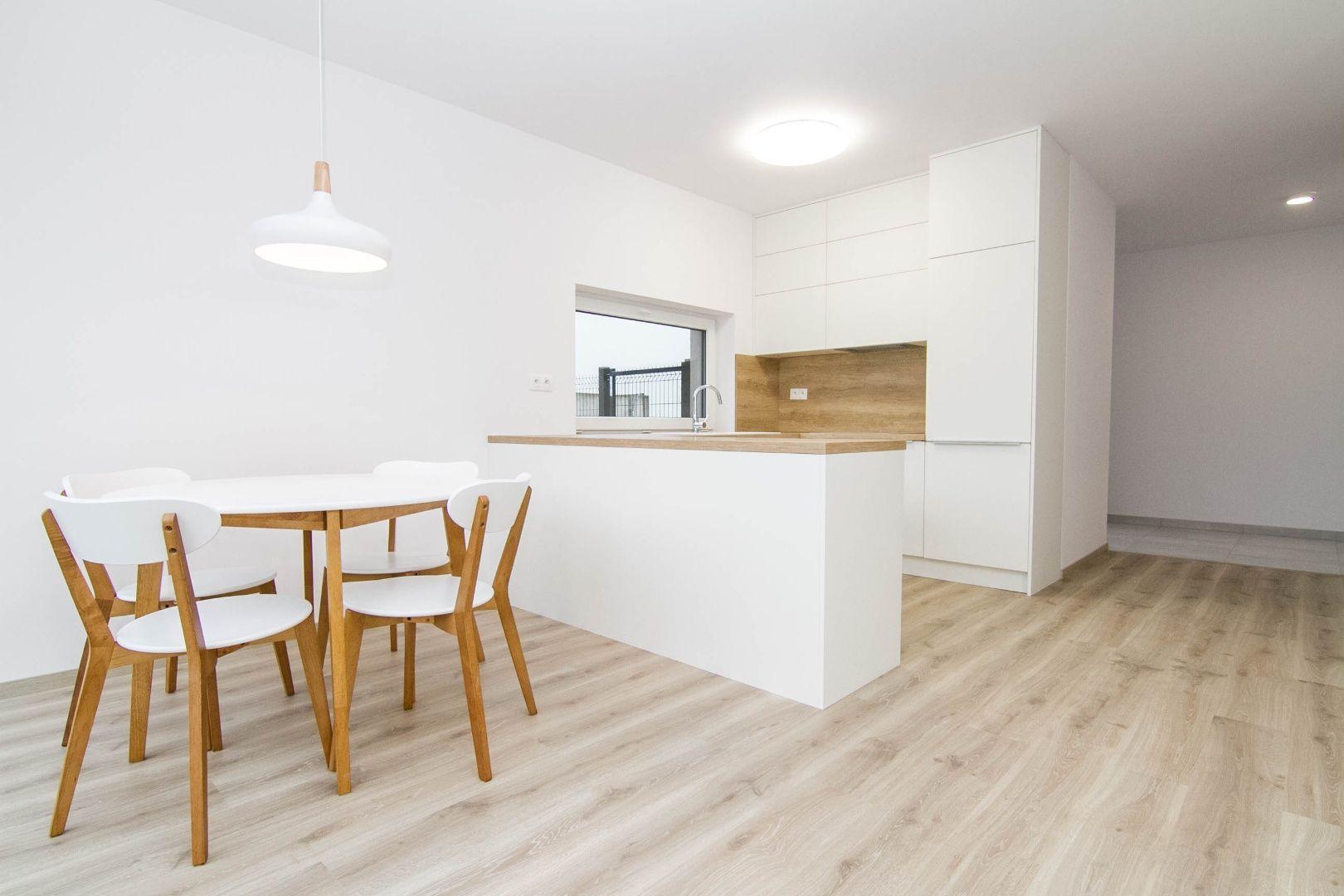 Rodinný dom-Prenájom-Stupava-850.00 €