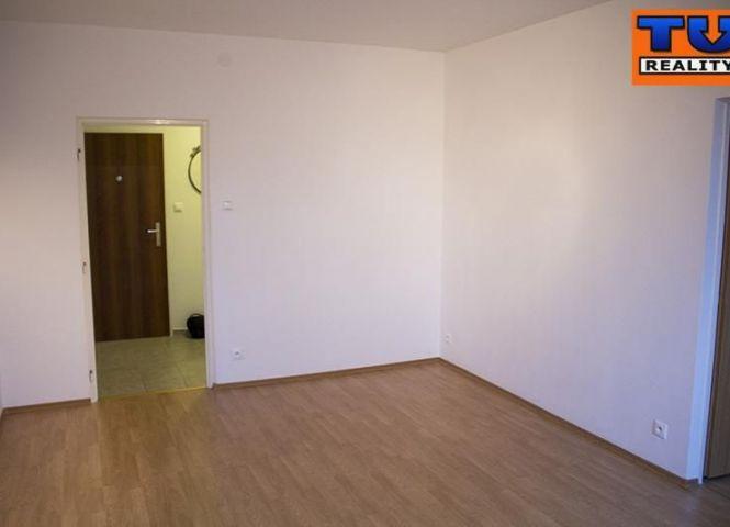 3 izbový byt - Šurice - Fotografia 1