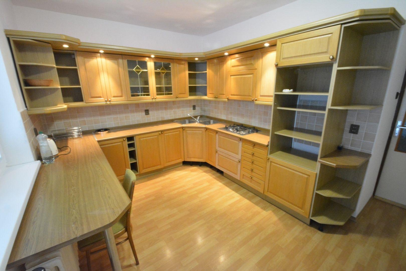 Rodinný dom-Prenájom-Trnava-160.00 €