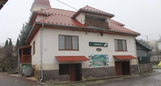 Predaj pohostinstva v obci Tuhár, po úpráve vhodný aj na rodinný dom.