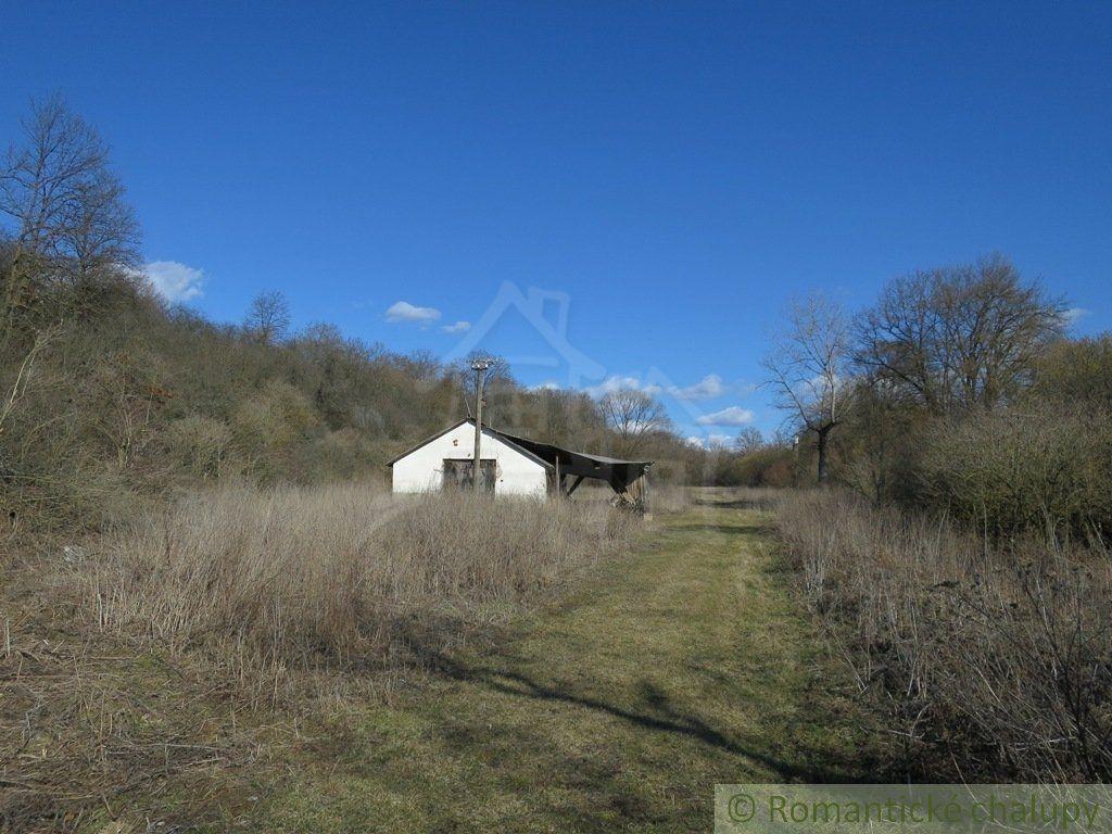 Poľnohospodársky objekt-Predaj-Držkovce-35000.00 €