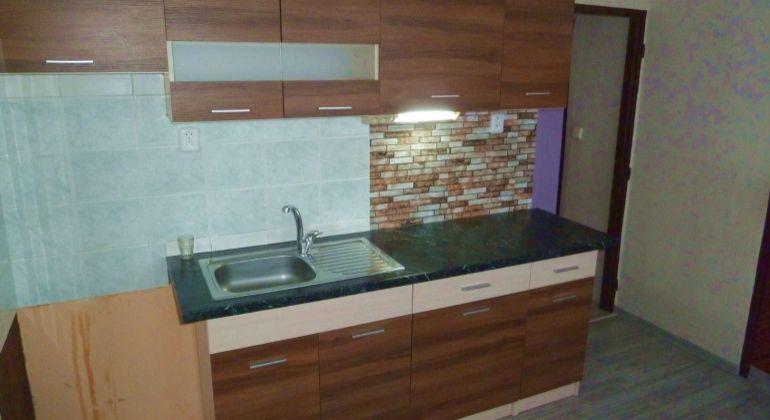 Na predaj 2 izbový byt v Lučenci, po rekonštrukcii