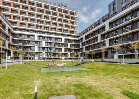 Prenájom 2 izbového bytu v projekte Slnečnice  - Bratislava