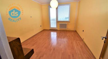Iba u nás na predaj 3 izbový byt s balkónom, 73 m2, Trenčín, ul. Saratovská