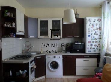 Predaj 1-izbový byt v Bratislave-Novom meste na Nobelovej ulici.