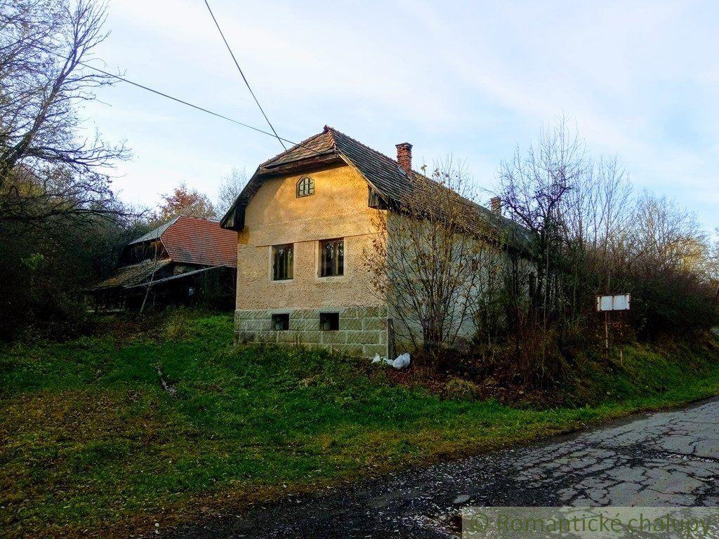 Rodinný dom-Predaj-Veľký Lom-25000.00 €