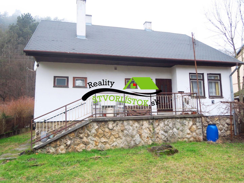 Rodinný dom-Predaj-Brezová pod Bradlom-47500.00 €