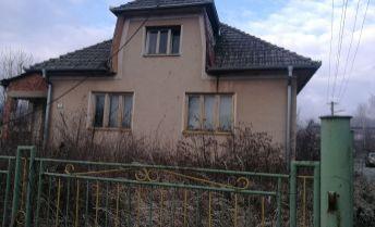 Rodinný dom v Čuklasovciach - len 11 km od Bánoviec nad Bebravou.