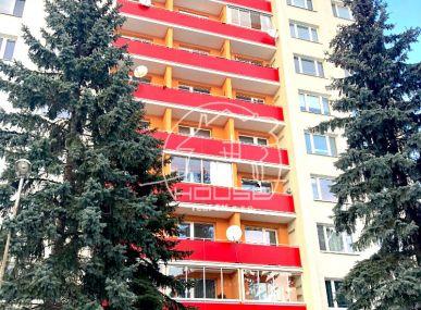 PREDAJ: 2 izb. byt , 72m2, 3 balkóny, Banská Bystrica Kalinčiakova ulica, časť Radvaň