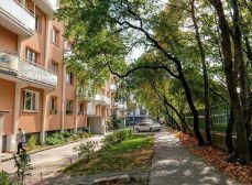 3 izbový TEPLICKÁ - Nové Mesto , BALKÓN s výhľadom na Karpaty !!