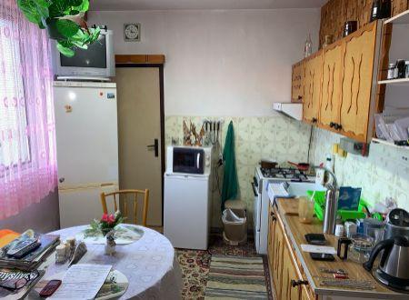 Na predaj 3 i byt 82 m2 v Partizánskom s balkónom