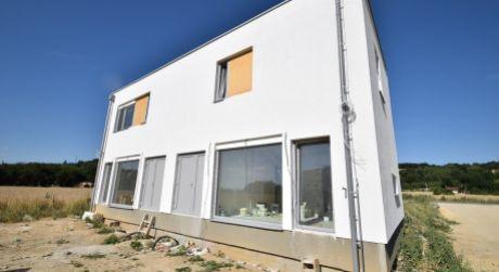 Nový 3 izbový rodinný dom P5-B2-H / Sokolovce