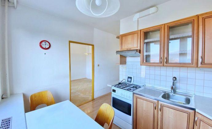2,5 izbový byt Čínsky múr v Prievidzi, 65 m², 5.p./8.p., Ul. J. Murgaša