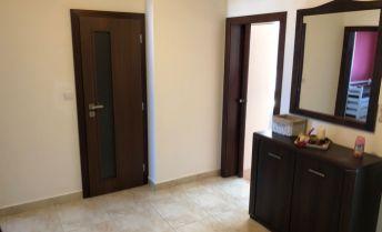 Na predaj plne zariadený luxusne prerobený zariadený 3 izbový byt v Prievidzi