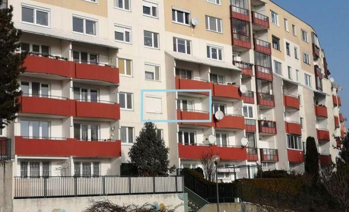 Predaj 3izb. bytu (ÚP 63 m2) v pôvodnom stave s dvoma loggiami, BA IV - Karlova Ves časť Dlhé Diely na Hlaváčikovej ulici