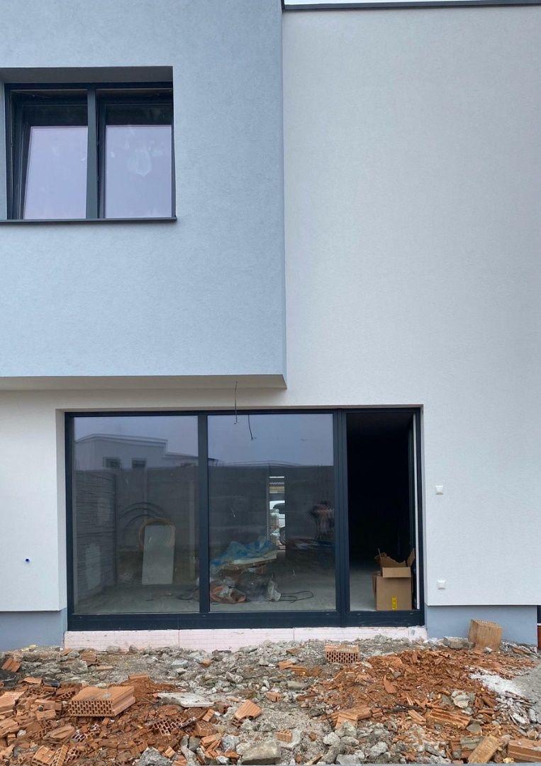 Rodinný dom-Predaj-Slovenský Grob-153000.00 €