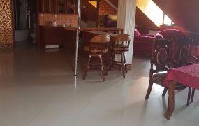 Ponúkame Vám na prenájom luxusný, podkrovný, zariadený 3 izbový byt, 145 m2, Dubnica nad Váhom.