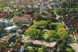 Rodinný dom-Predaj-Bratislava - mestská časť Vajnory-425000.00 €