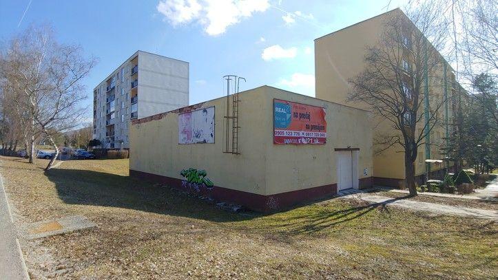 Obchodný objekt-Predaj-Považská Bystrica-190000.00 €