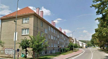Na predaj byt 2+1, 52 m2, balkón, Nové Mesto nad Váhom