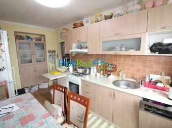 Na predaj 2-izbový byt s balkónom, Okružná ul., Poprad